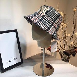 Gucci & NY bucket hat